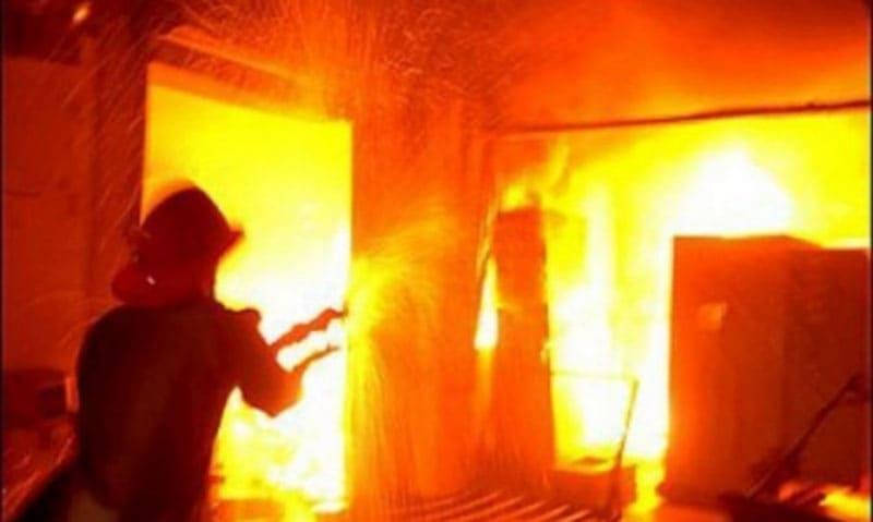 Пожар в квартире. Что делать? Инструкции